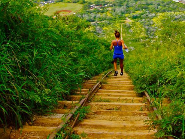 Oahu-Koko-Head-Stairs.rend.tccom.616.462